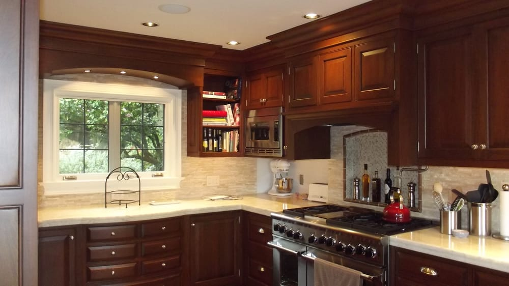 Rutt Cabinetry Cherry Kitchen The 7 Drw Cabinet Below