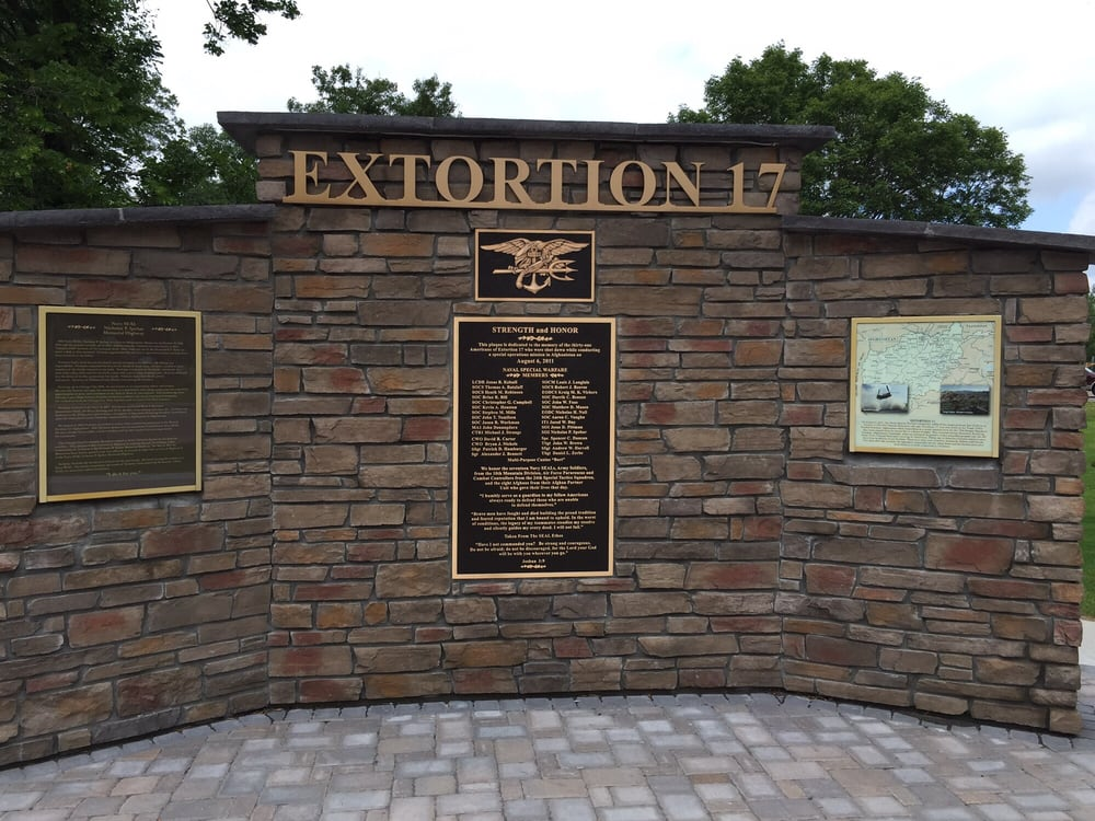 Photos for Extortion 17 Memorial - Yelp