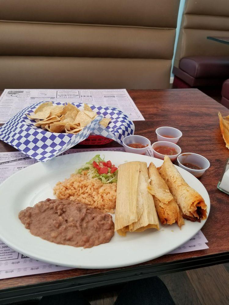 Las Salsitas Resturant: 202 N Main St, Cottonwood, AZ