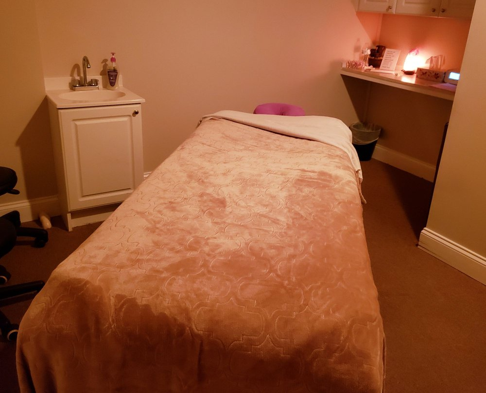 Massage Works: 518 S Camp Meade Rd, Linthicum Heights, MD