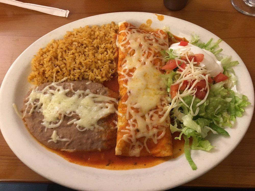 El Mariachi Mexican Restaurant: 92 N Daleville Ave, Daleville, AL