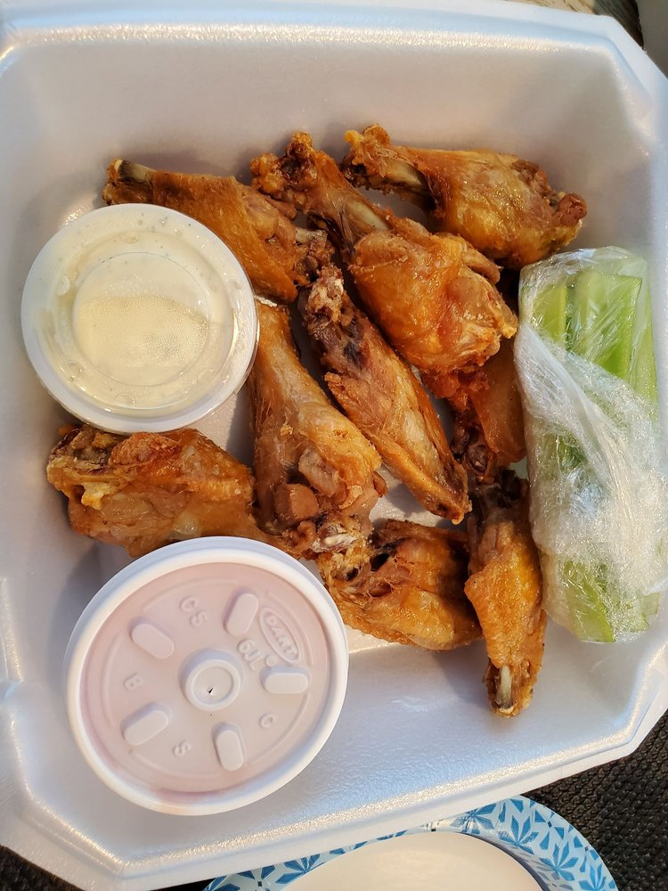Lake Dallas Point Restaurant: 303 Swisher Rd, Lake Dallas, TX