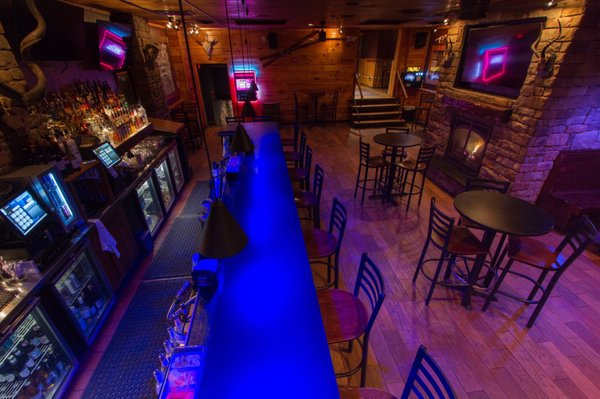 Dragonfly Tavern & Pizza Factory - 23 Photos & 44 Reviews