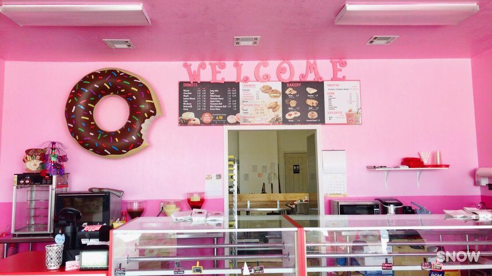 Newcastle Donut's & Bakery: 718 N Main St, Newcastle, OK