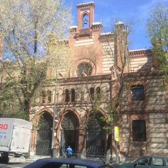 Iglesia De Santa Cristina Iglesias Paseo De Extremadura 32