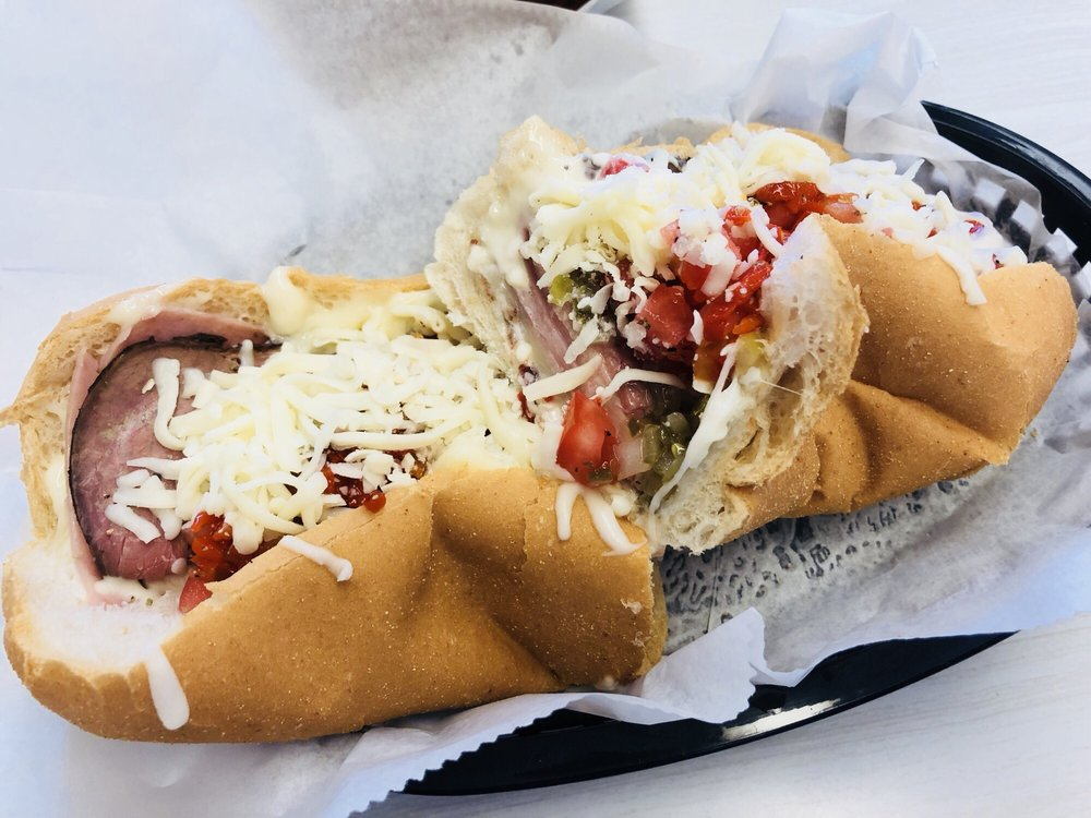 Williams Sub Shop: 3801 Tyrone Blvd N, Saint Petersburg, FL