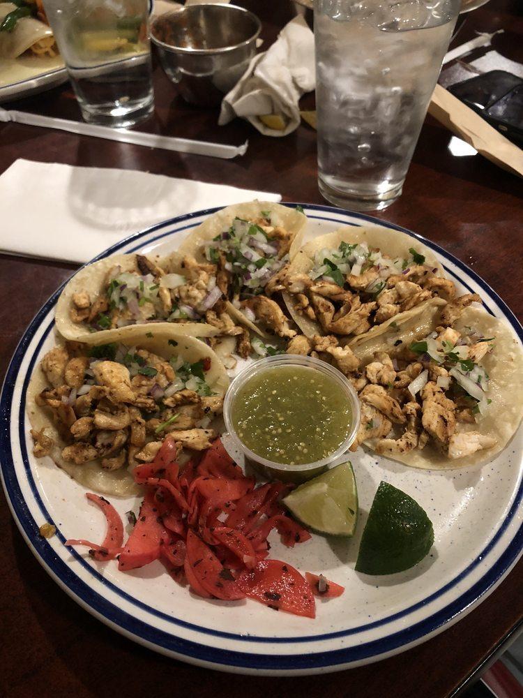 Casa de Reyes Mexican Kitchen: 9050 E Hwy 51, Broken Arrow, OK