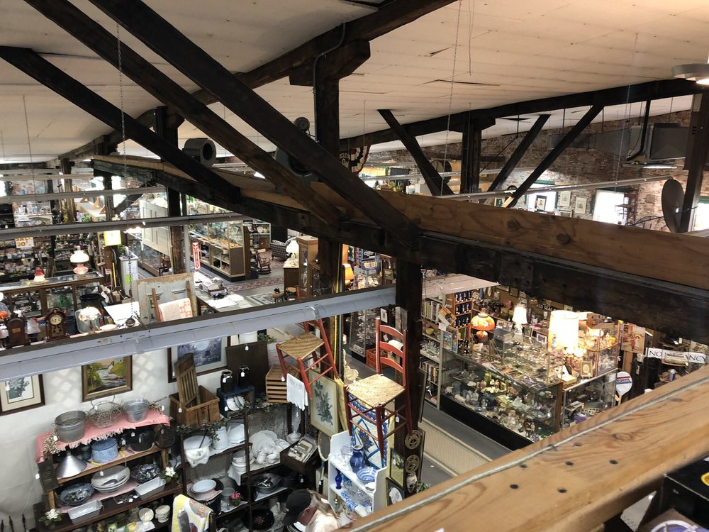 Lumber Mill Antique Mall: 721 W 1st St, Madison, IN