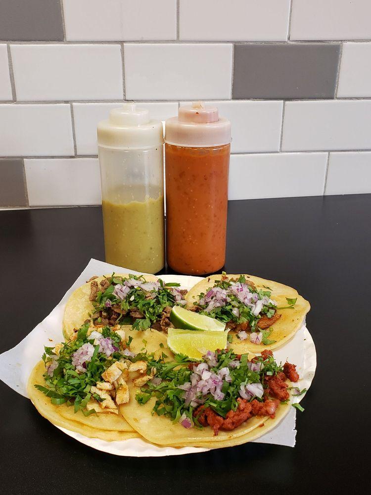 Food from El Macho Tacqueria & Restaurant