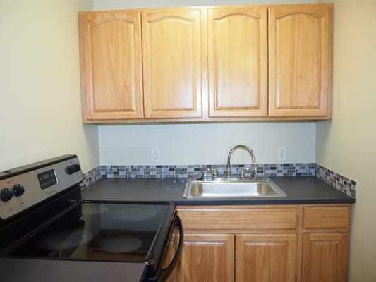 KB Kitchen and Bath 12716 Pacific Ave S Tacoma, WA Hardware Stores ...