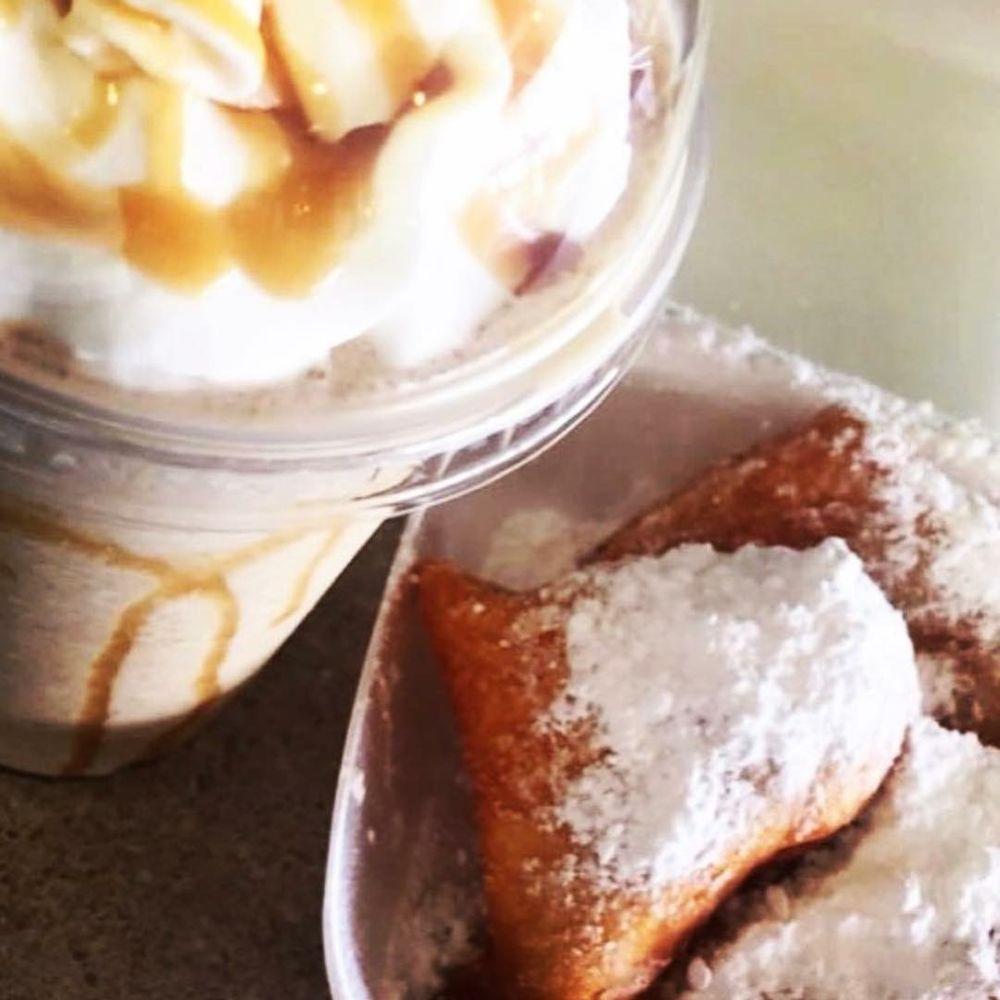 Café Crave: 1201 Hwy 49 S, Richland, MS