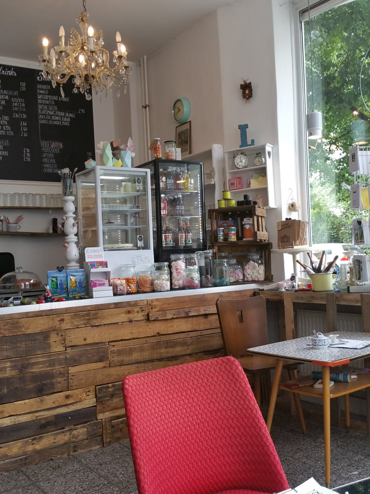 friedas gl ck 22 fotos caf lindenallee 55 wei ensee berlin beitr ge zu restaurants. Black Bedroom Furniture Sets. Home Design Ideas