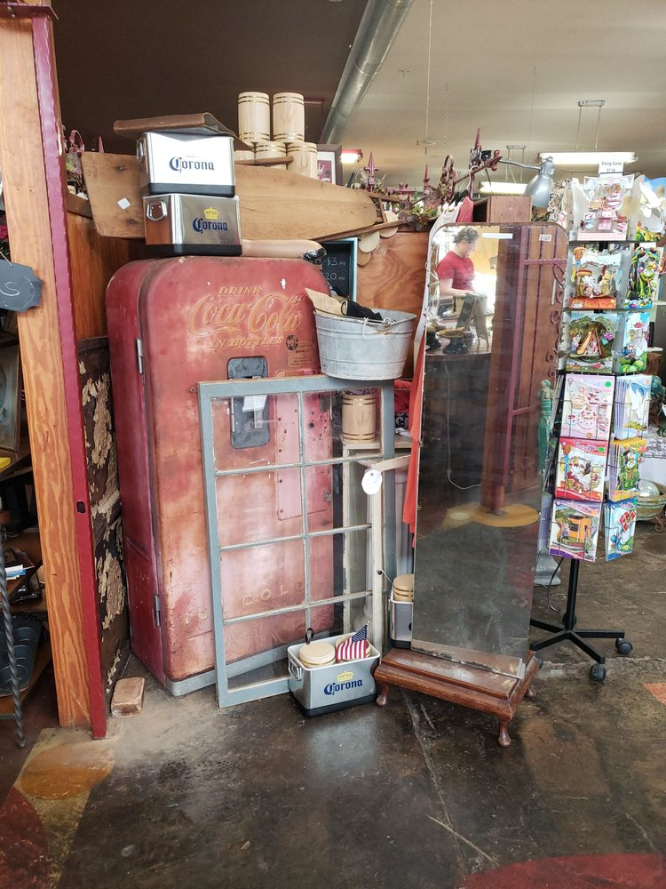 L W Antique Store: 124 E Broad St, Mineola, TX