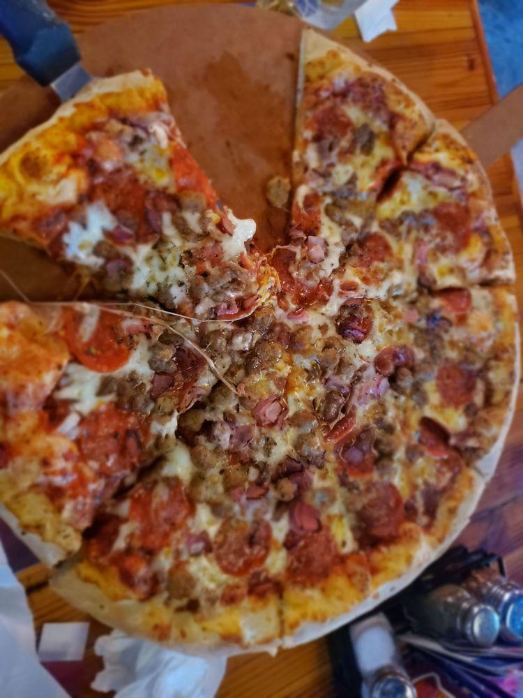 Sunset Pizzeria: 2625 N Okatie Hwy, Ridgeland, SC