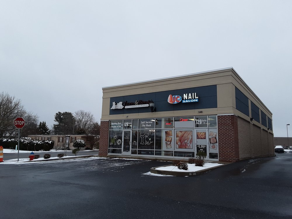 Yarn & Bone Pet Supply Company: 129 Rd 4, Camden, DE