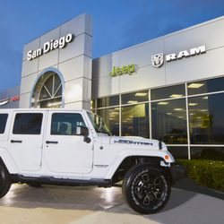 San Diego Jeep Dealers >> San Diego Chrysler Dodge Jeep Ram - 113 Photos & 424 ...