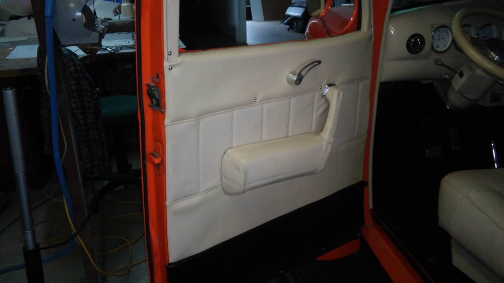 M&P Upholstery: 10205 Rosedale Hwy, Bakersfield, CA