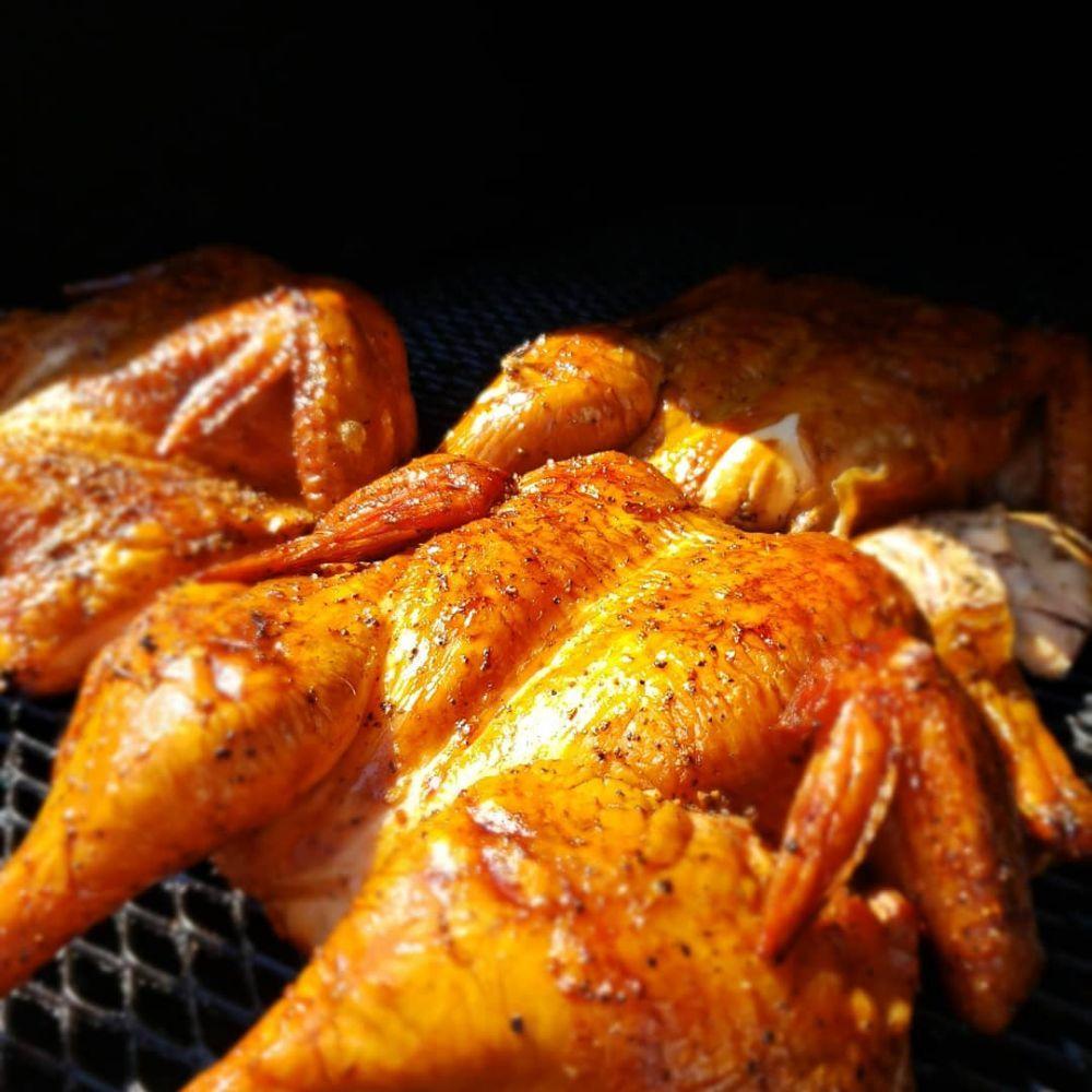 Wilson's BBQ Rib Shack: 345 N Magnolia Ave, Rialto, CA