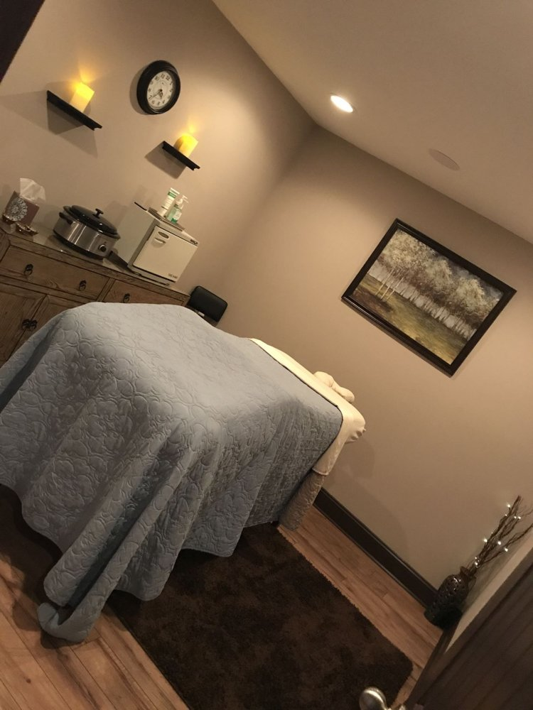 Essential Massage and  Wellness: 1322 4th Ave, Conway, SC