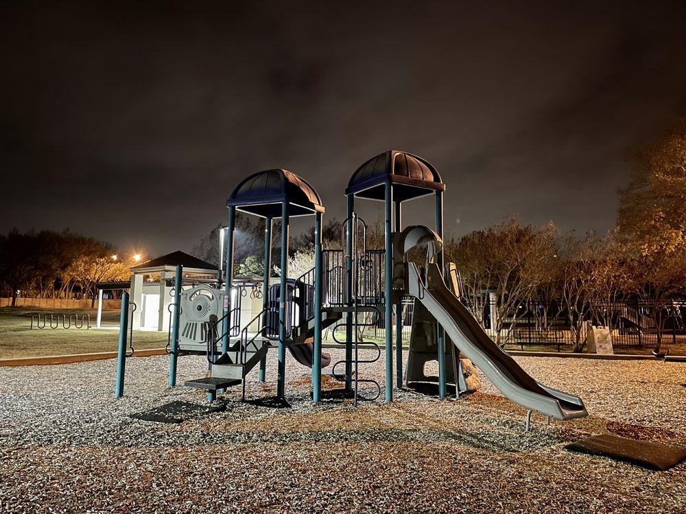 Cat Hollow Park: 8600 O'Connor Dr, Austin, TX