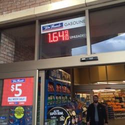 Tom Thumb Gas station - Gas Stations - 14949 Preston Rd