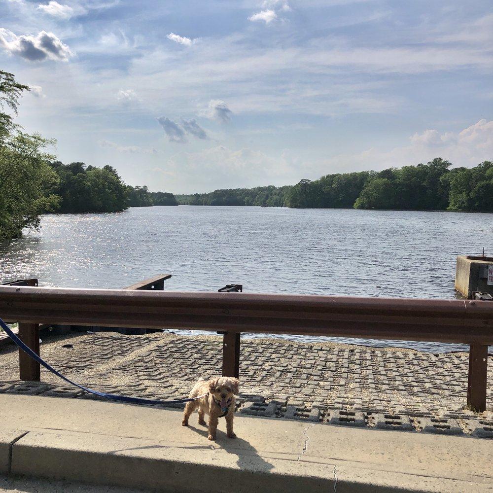Lake Shenandoah County Park & Sports Field Complex: 660 Ocean Ave, Lakewood, NJ