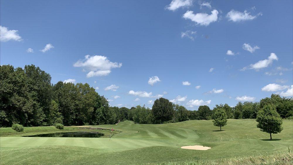 Bent Creek Golf Course & Estates: 2200 Bent Creek Dr, Jackson, MO
