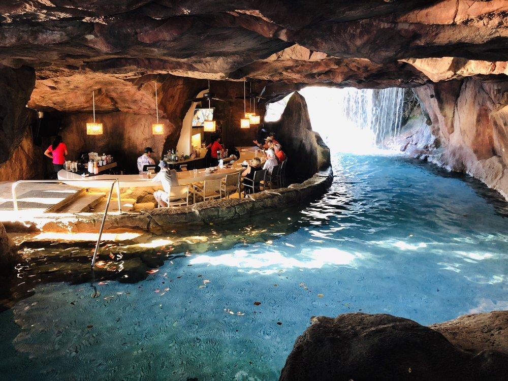 Grotto Bar: 200 Nohea Kai Dr, Lahaina, HI