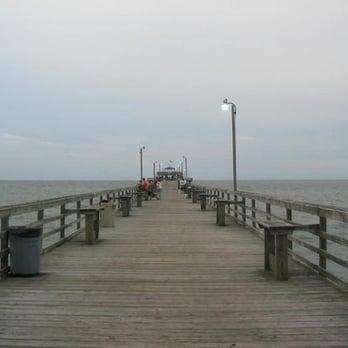 Cherry grove pier 43 photos 15 reviews theme parks for Cherry grove pier fishing report