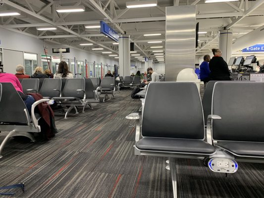 Lambert-St Louis International Airport (STL) 10701 Lambert