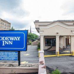 Photo Of Rodeway Inn Paterson Nj United States