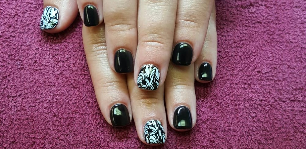 Luv Nails Ann Arbor Mi- HireAbility