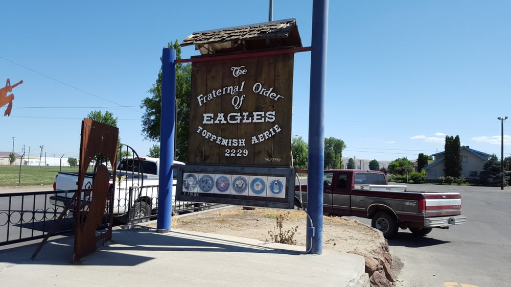 Fraternal Order of Eagles: 515 S Division St, Toppenish, WA