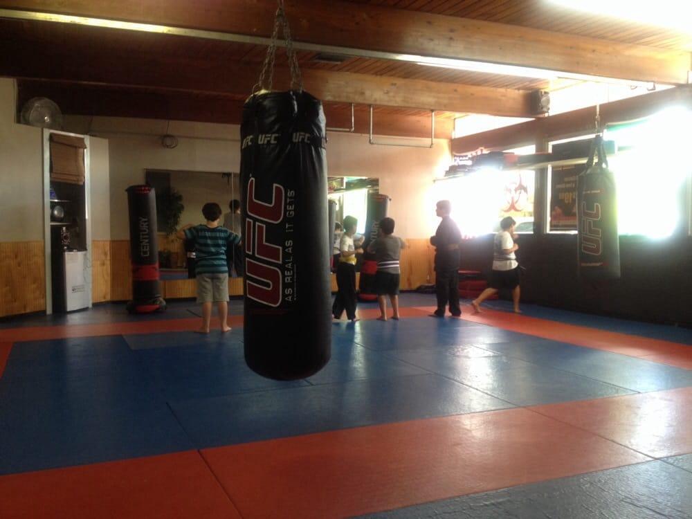 Fight Team Delima Jiu Jitsu: 410 Austin Hwy, Alamo Heights, TX