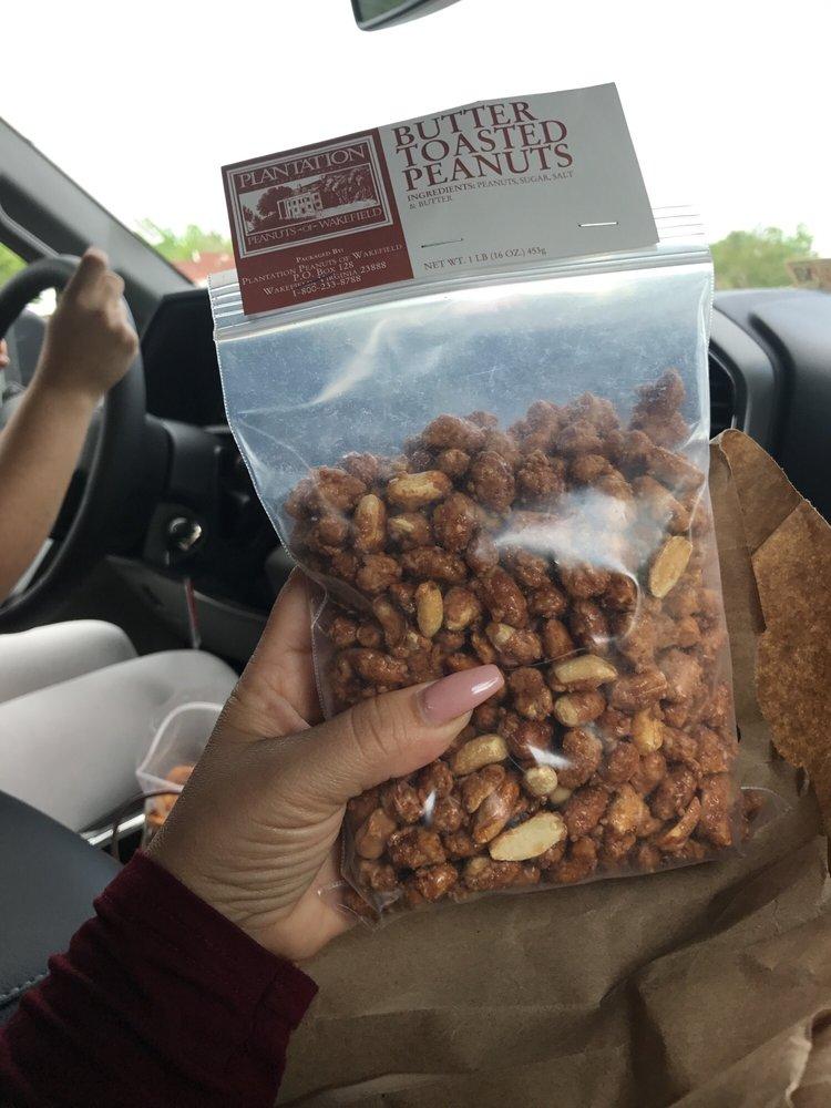 Plantation Peanuts Of Wakefield: 509 N County Dr, Wakefield, VA