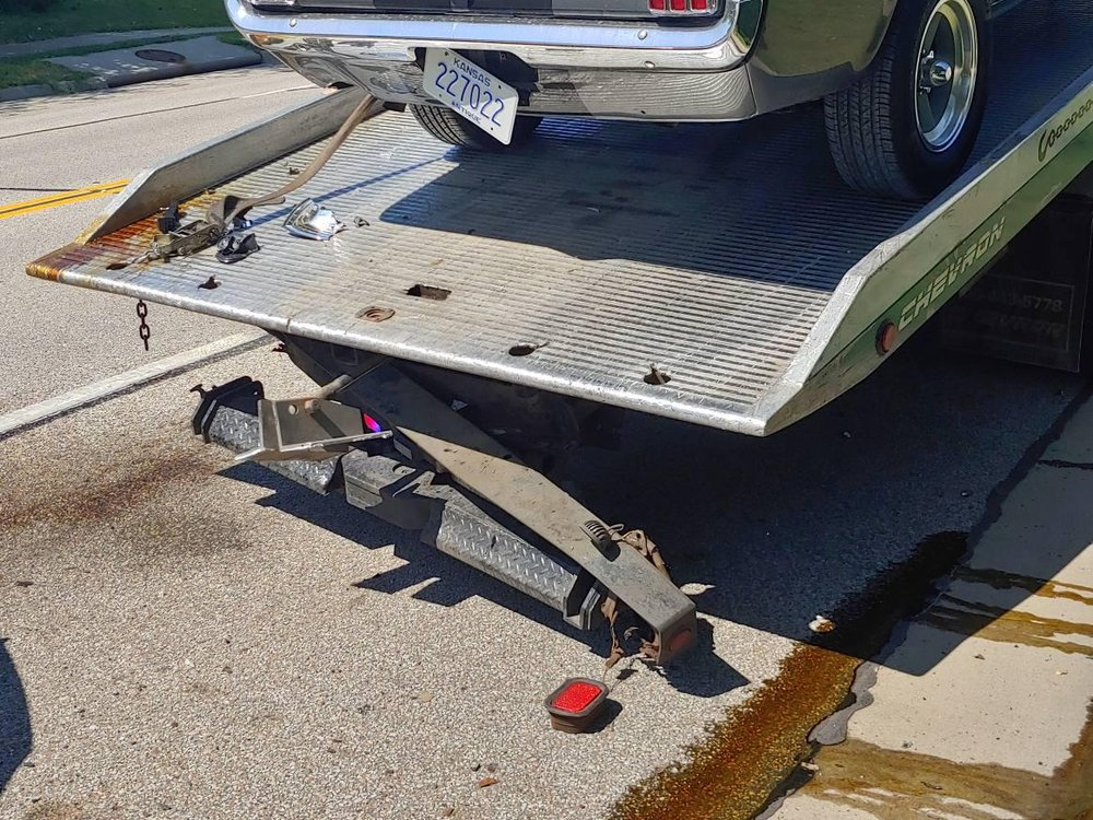 Towing business in Bruno, KS