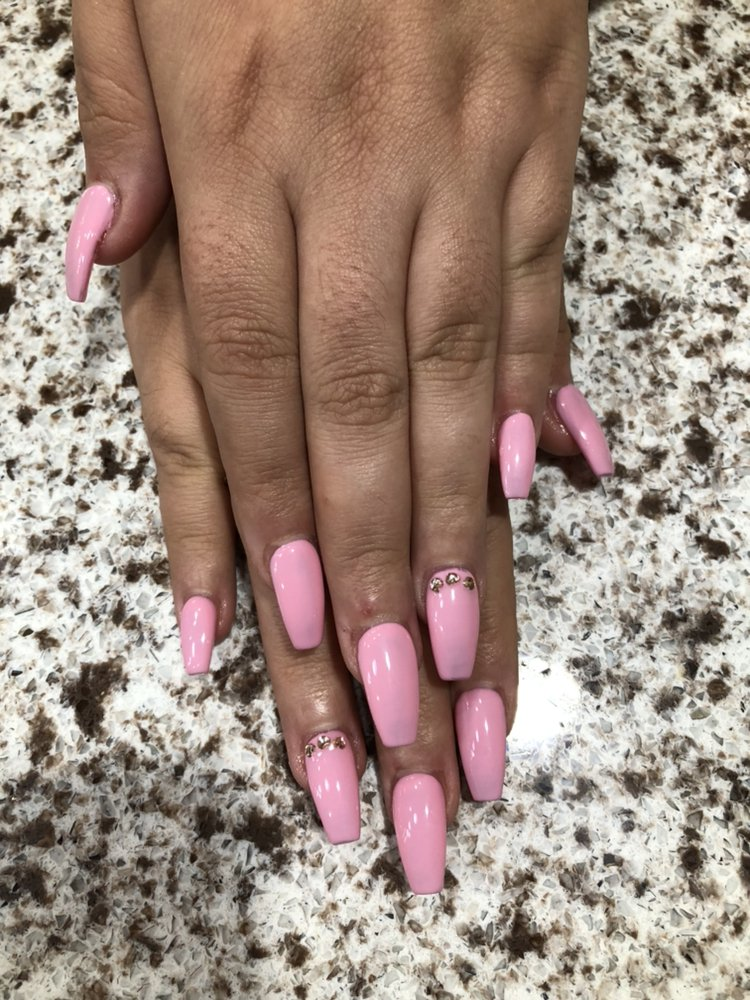 Lifestyle Nails & Spa