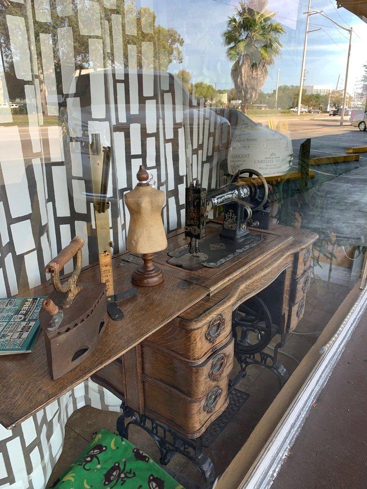 Ursula's Alterations: 6702 Central Ave, Saint Petersburg, FL