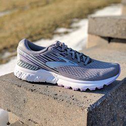 ca38b54c034 Happy Soles Footwear - 24 Photos - Shoe Stores - 1802 Allison Dr ...