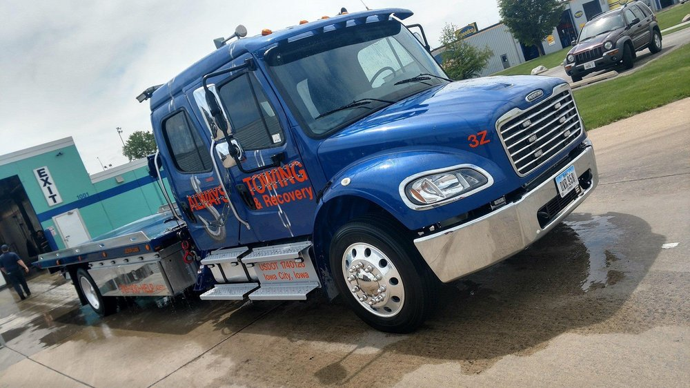 Towing business in North Liberty, IA