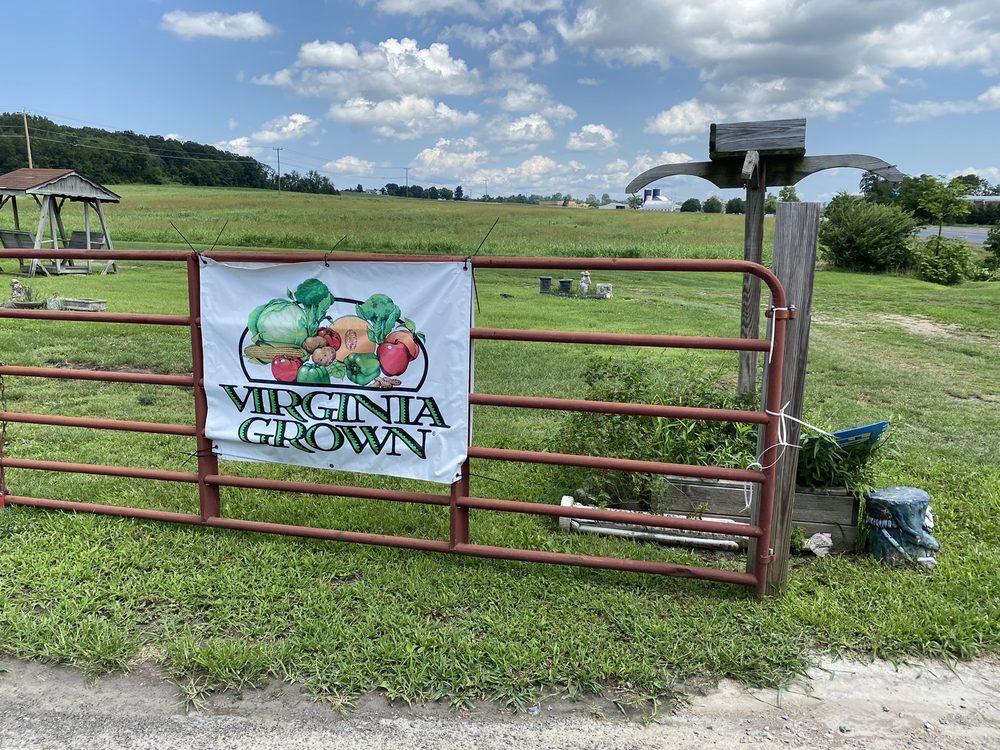 Stuarts Draft Farmers Market: 2964 Stuarts Draft Hwy, Stuarts Draft, VA