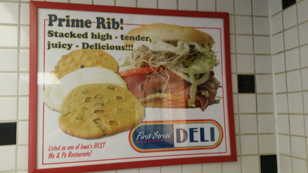 First Street Deli: 412 1st St E, Independence, IA