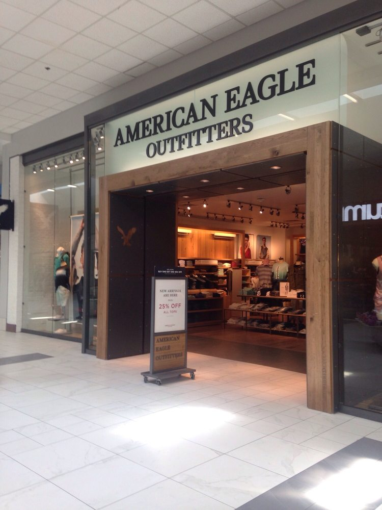 American Eagle Outfitters: 1001 Barnes Crossing Rd, Tupelo, MS
