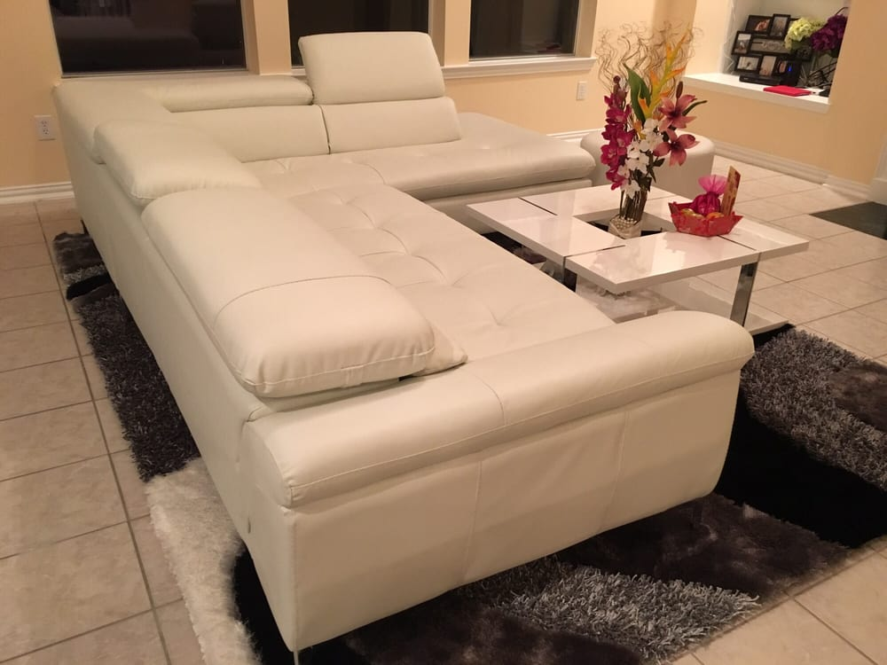 Model furniture 12 reviews furniture shops 3665 for Furniture 77090