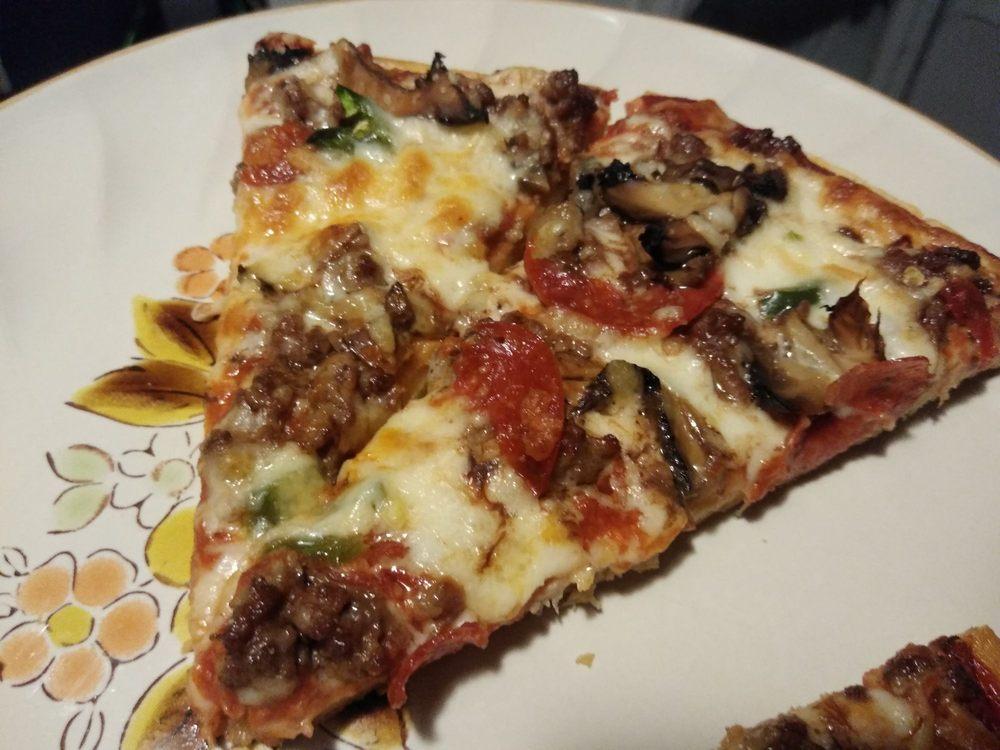 Pizza Parlor: 424 S Riverside Dr, Espanola, NM