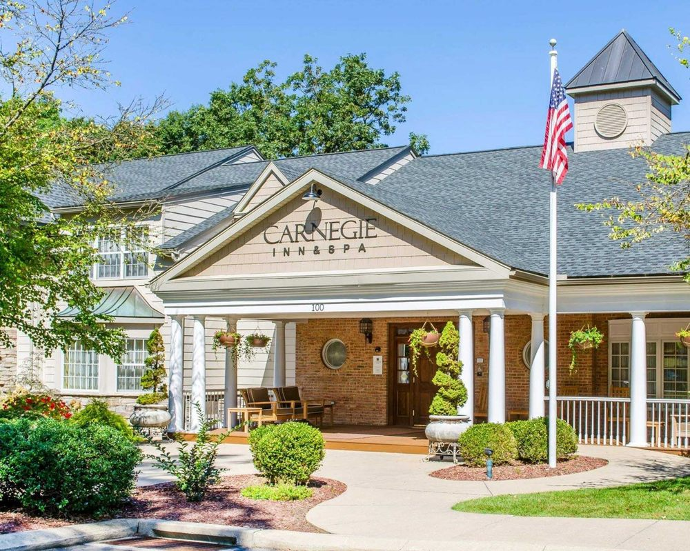 Carnegie Inn & Spa, an Ascend Hotel Collection Member: 100 Cricklewood Drive, State College, PA