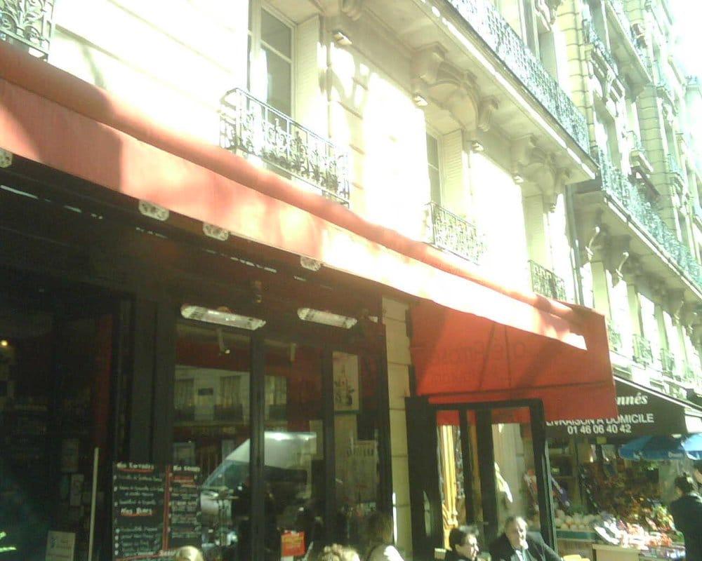 le caf arros closed french 123 rue caulaincourt mairie du 18e lamarck paris france. Black Bedroom Furniture Sets. Home Design Ideas