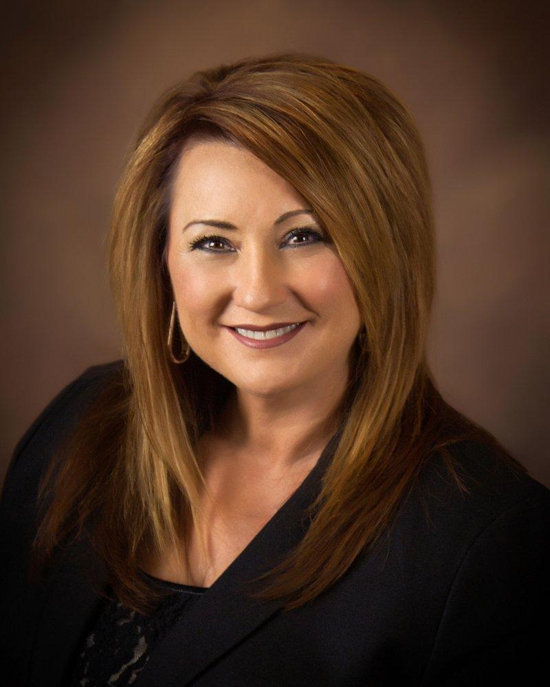 Sonia Welker - Century 21 Platinum Properties: 2130 Wilma Rudolph Blvd, Clarksville, TN