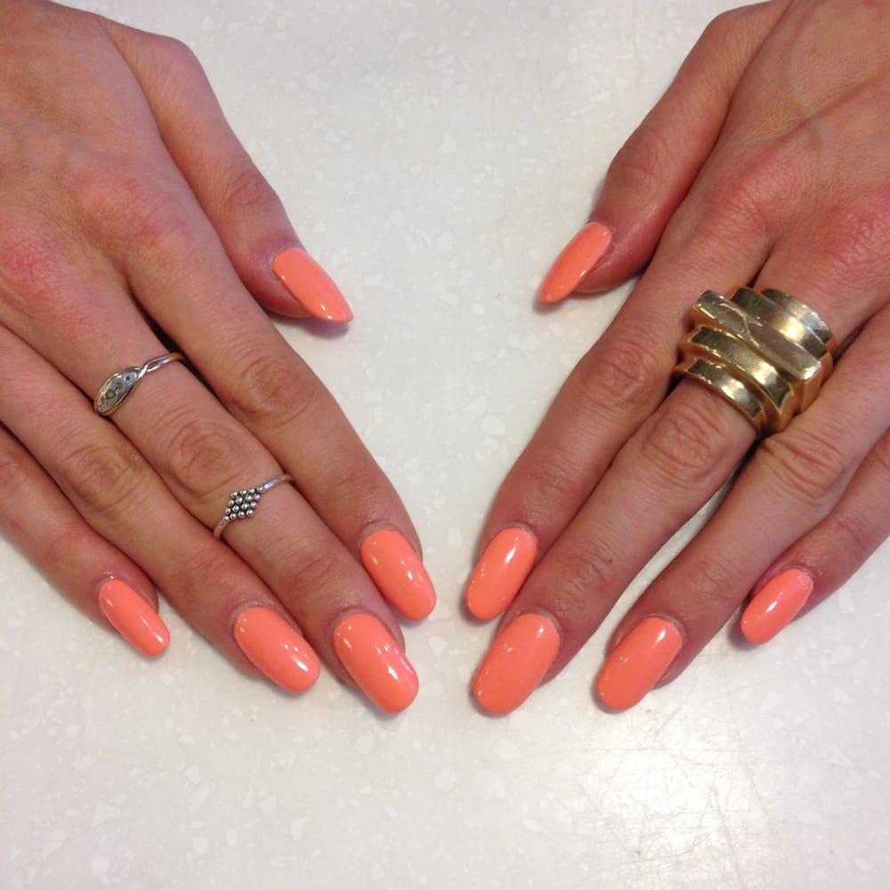 Manicure fill acrylic nails polish by mary at yo yo for Acrylic nail salon