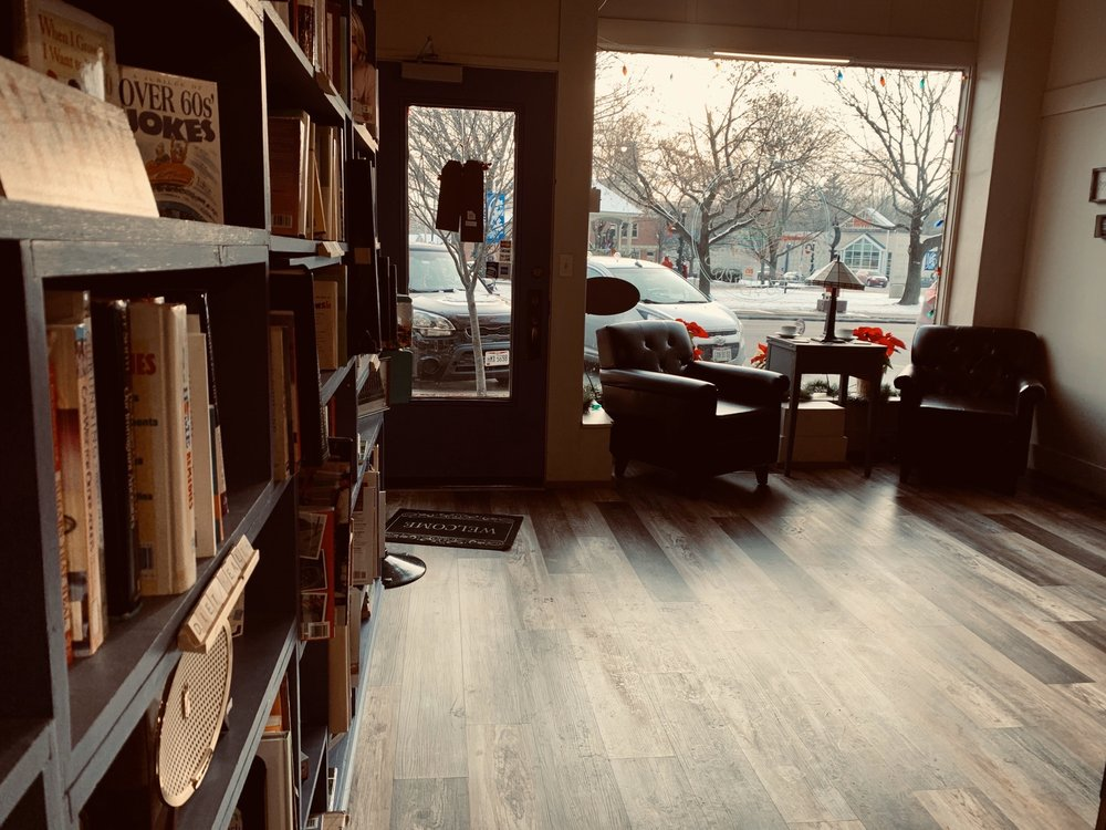 Second Look Books & Brews: 119 Wooster St, Lodi, OH